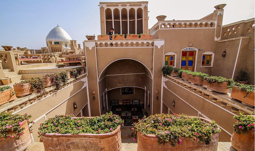 Aqda desert tour