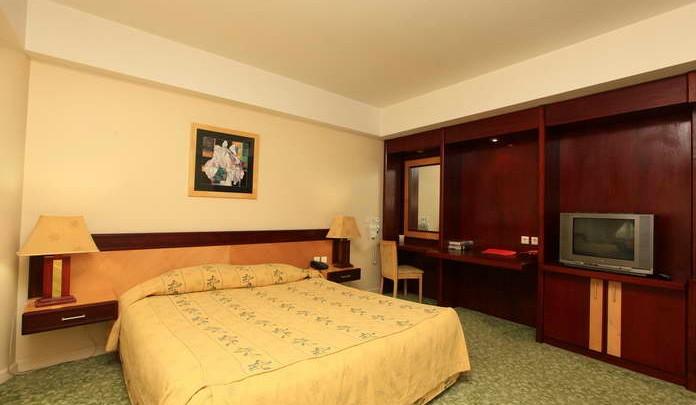 el goli pars hotel1